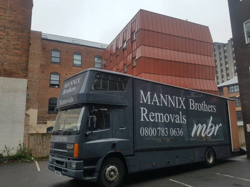 Moving services Flats and apartments