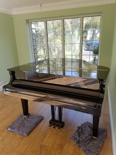 Grand piano packing and removal